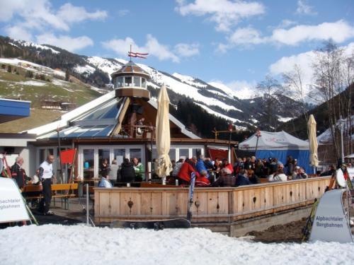 apre ski 2009 2 10 20091112 1007044141